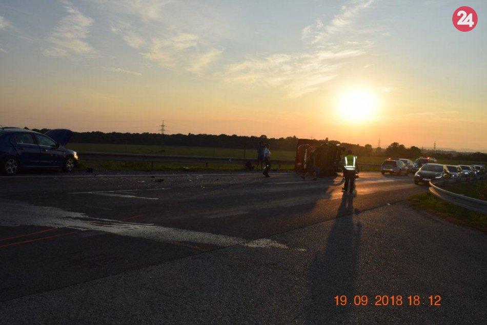 Muž z Hlohovca neprežil zrážku s nákladným autom