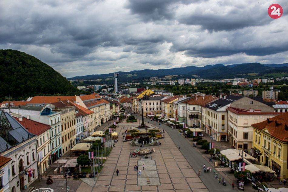 V OBRAZOCH: Bystrica zachytená fotoaparátom mladého študenta Adriána