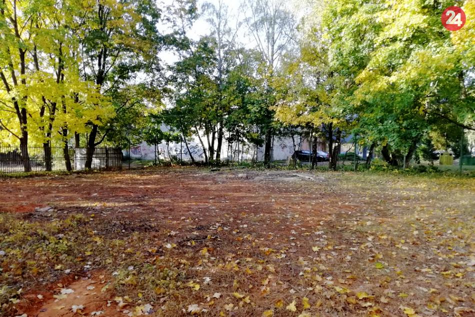OBRAZOM z Ulici osloboditeľov: Antukové ihriská tam už takmer nič nepripomína