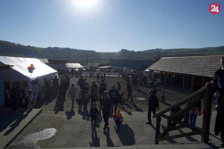 OBRAZOM: Hornotopliansky jarmok v Gaboltove dopadol na jednotku