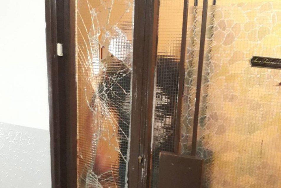 Ozbrojený krvavý incident v Nových Zámkoch