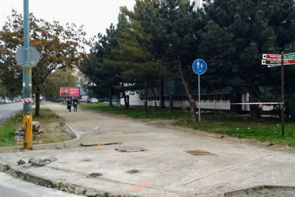 Opravy ciest a výstavba cyklotrasy na Námestí Hraničiarov a jeho okolí