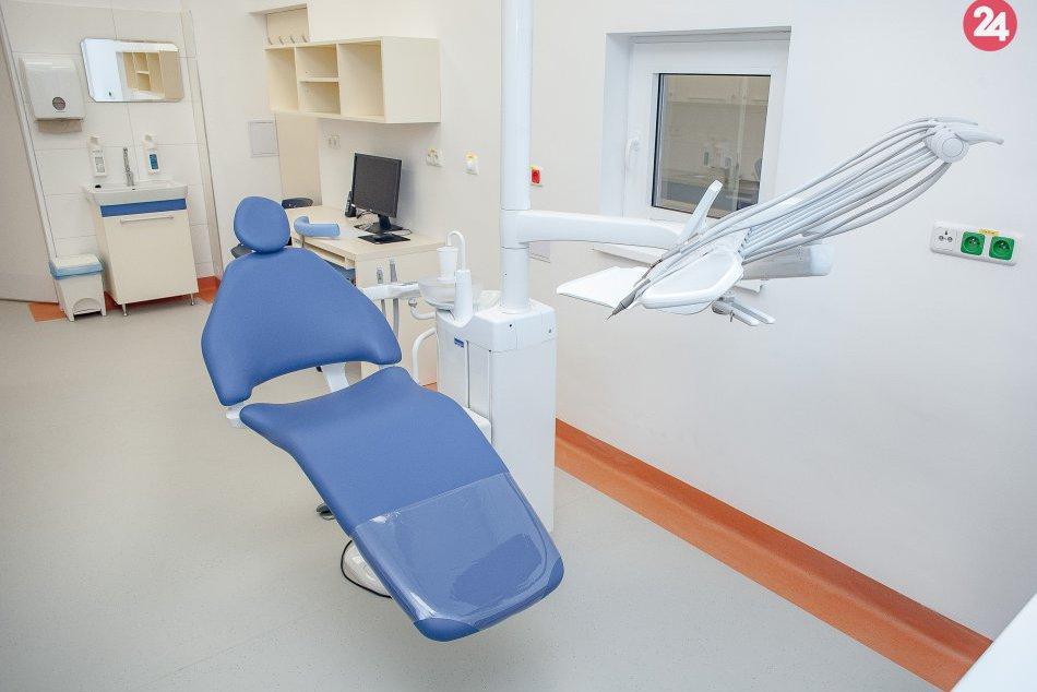 V OBRAZOCH: Slávnostné otvorenie priestorov Oddelenia maxilofaciálnej chirurgie