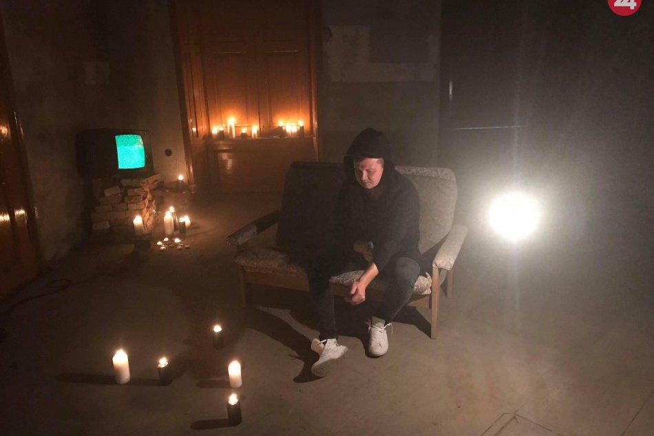 V OBRAZOCH: Natáčanie videoklipu Prístav od bystrickej kapely Reunion