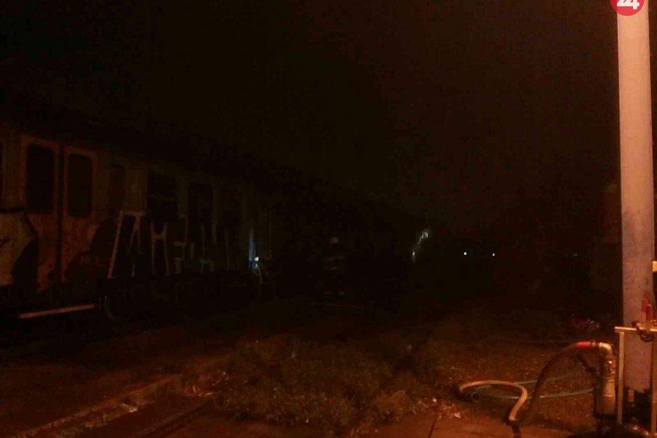 Požiar štyroch vagónov pri ŽST Bratislava-Nové Mesto