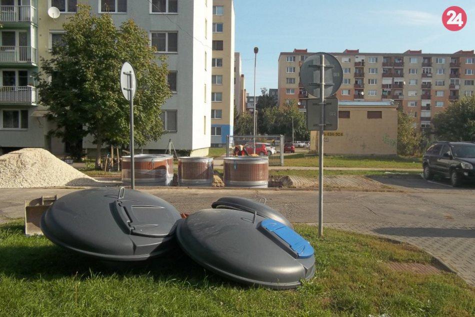 V Šali osádzajú polopodzemné kontajnery: Používať sa budú po skončení prác, FOTO