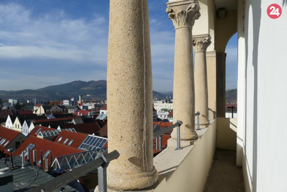 Okrem krásnych výhľadov ponúka Burianova veža aj svoju povesť