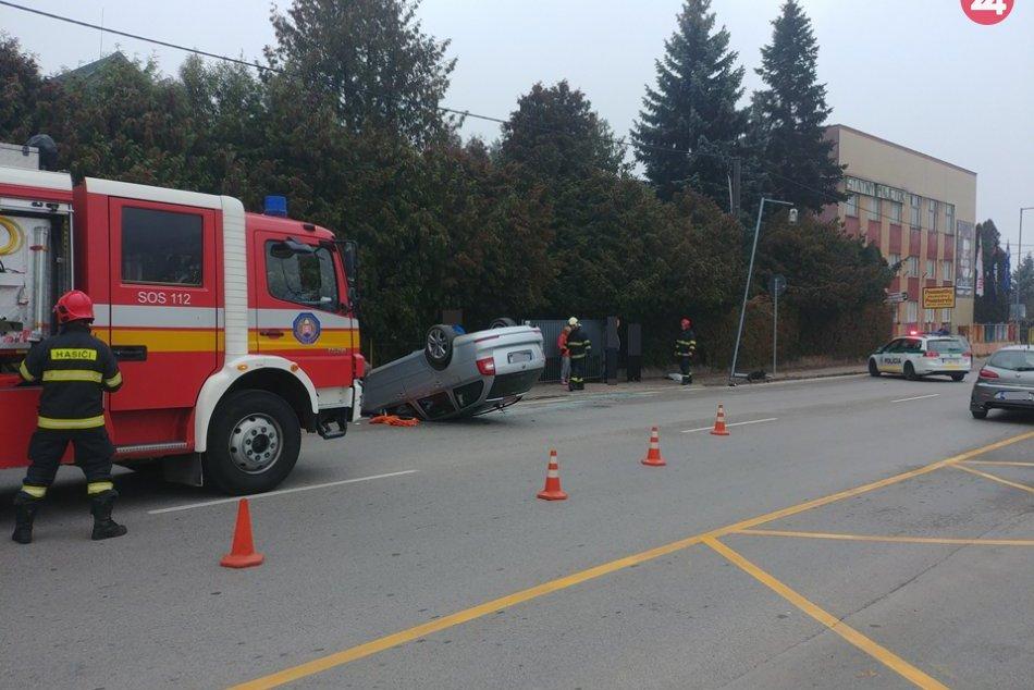 Obrazom: Dopravná nehoda v centre Rožňavy