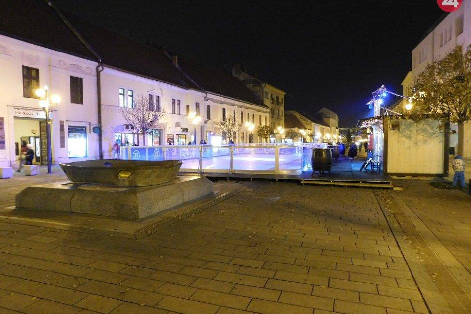 OBRAZOM: Mesto sa pripravuje na Vianočné trhy 2018 – Advent v Trnave