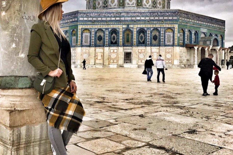 OBRAZOM:  Momentky nielen z Izraela. Eliška s manželom a synom
