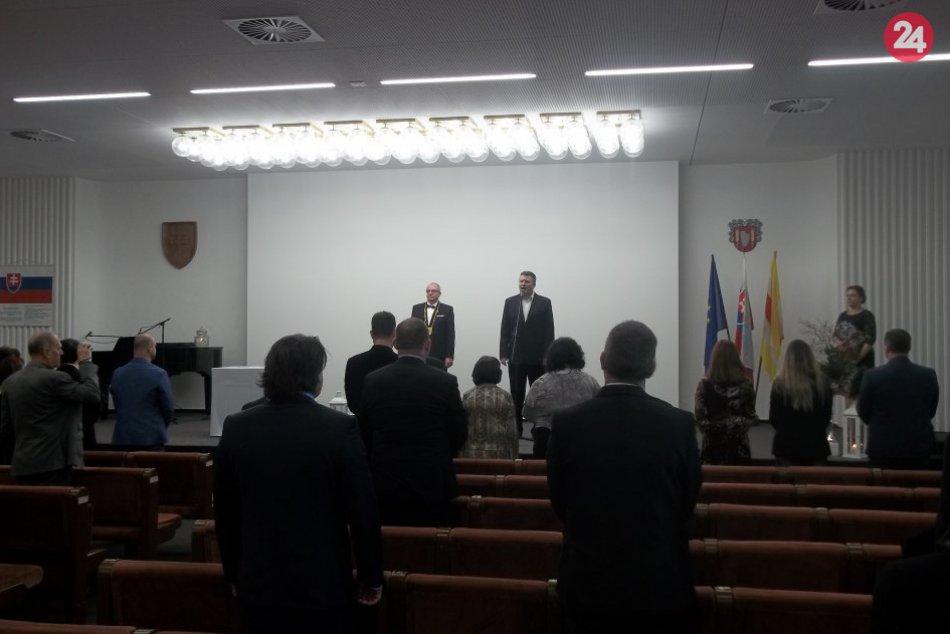 Šaliansky primátor je oficiálne vymenovaný: Sľub zložili aj mestskí poslanci, FO