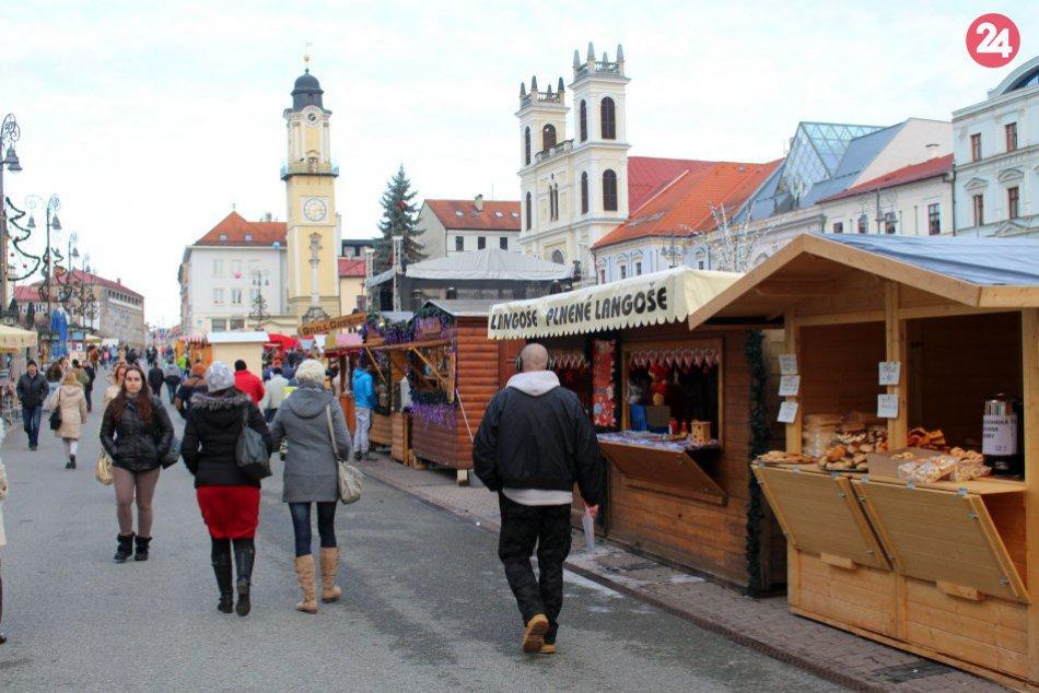 V OBRAZOCH: Na bystrických trhoch nakúpite tradičné dobroty aj remeselné výrobky