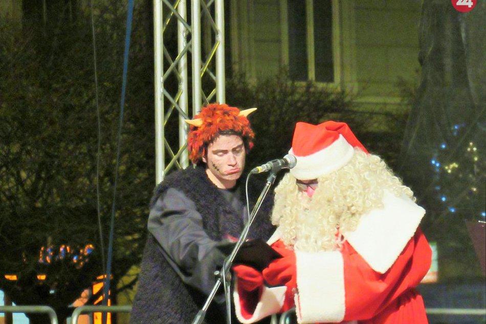 Deti naňho netrpezlivo čakali: Mikuláš nesklamal a ukázal sa v Prešove