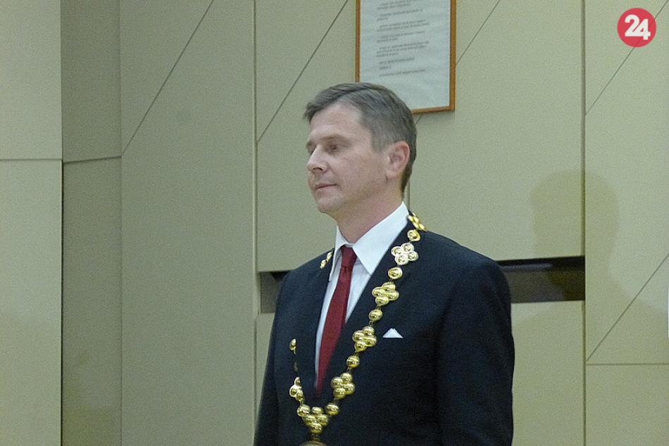 V OBRAZOCH: V Humennom sa uskutočnilo ustanovujúce mestské zastupiteľstvo