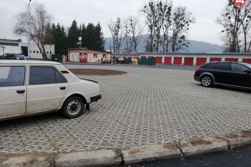 V OBRAZOCH: Točňa na Sídlisku III v Humennom už slúži aj na parkovanie