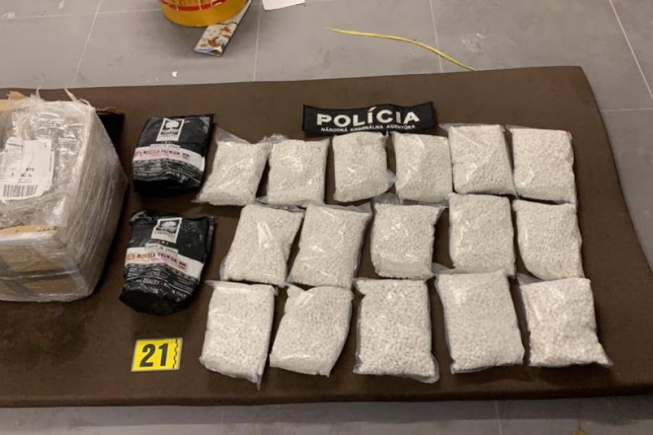 NAKA rozbila ďalšiu drogovú zločineckú skupinu