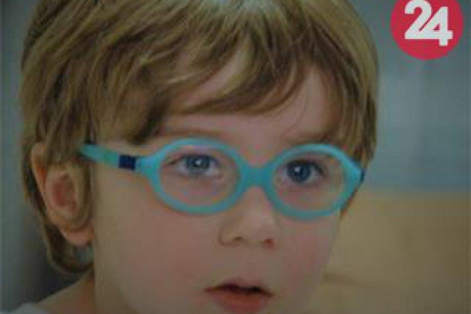 Chlapček na fotkách je Teo z Prešova: Musí bojovať s ťažkým údelom