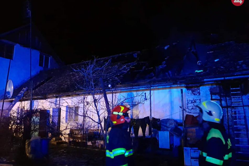 Obrazom: Nočný požiar rodinného domu v Gemerskej Polome