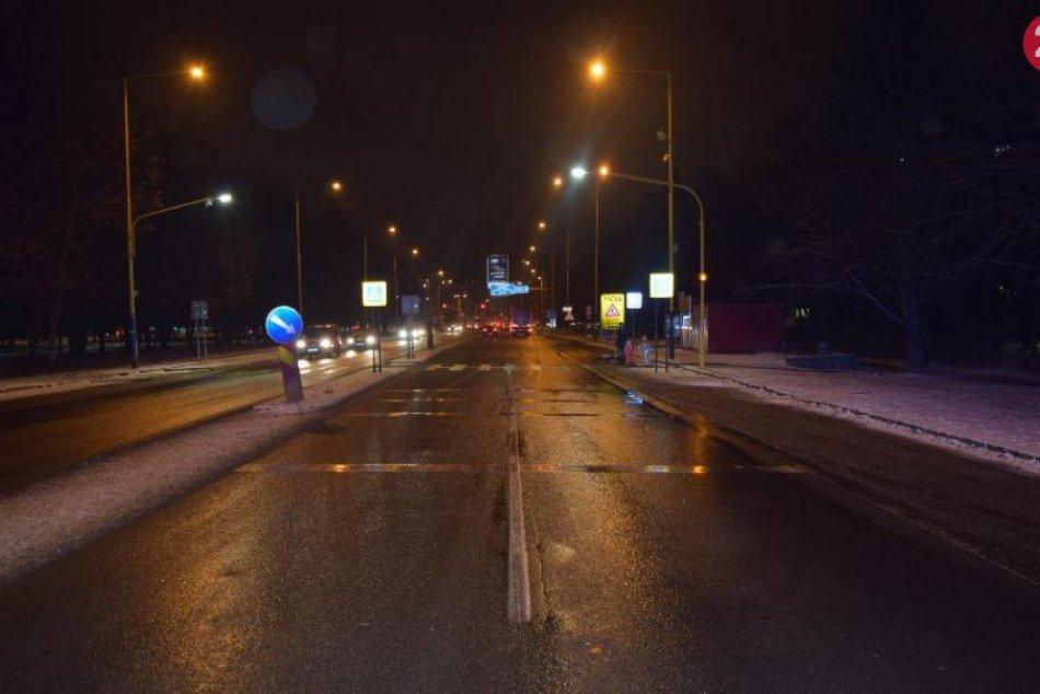 ZÁBERY z miesta: Na Levočskej ulici sa stala dopravná nehoda