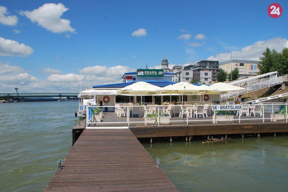 Knajpa na Dunaji
