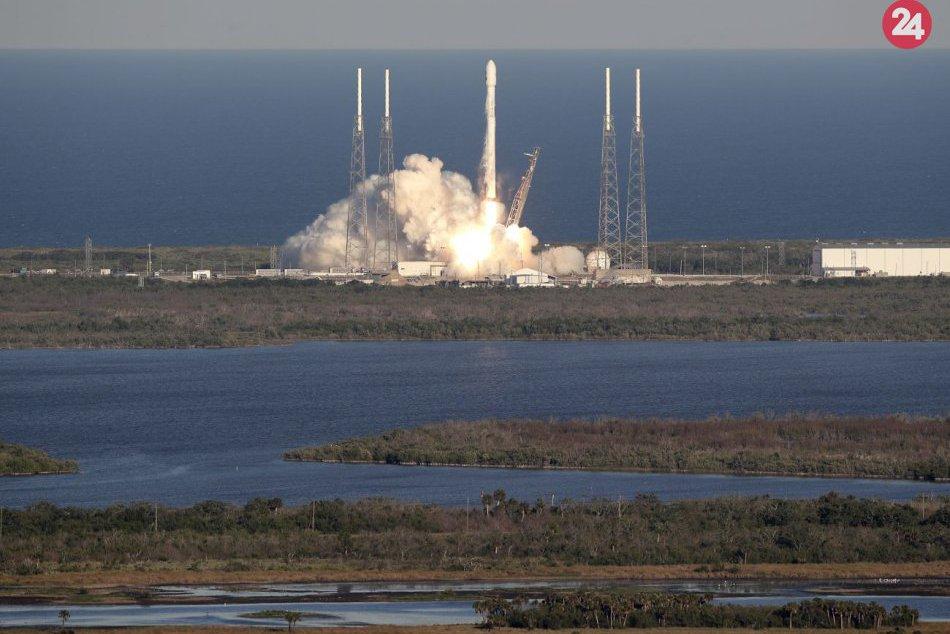 Raketa SpaceX Falcon 9