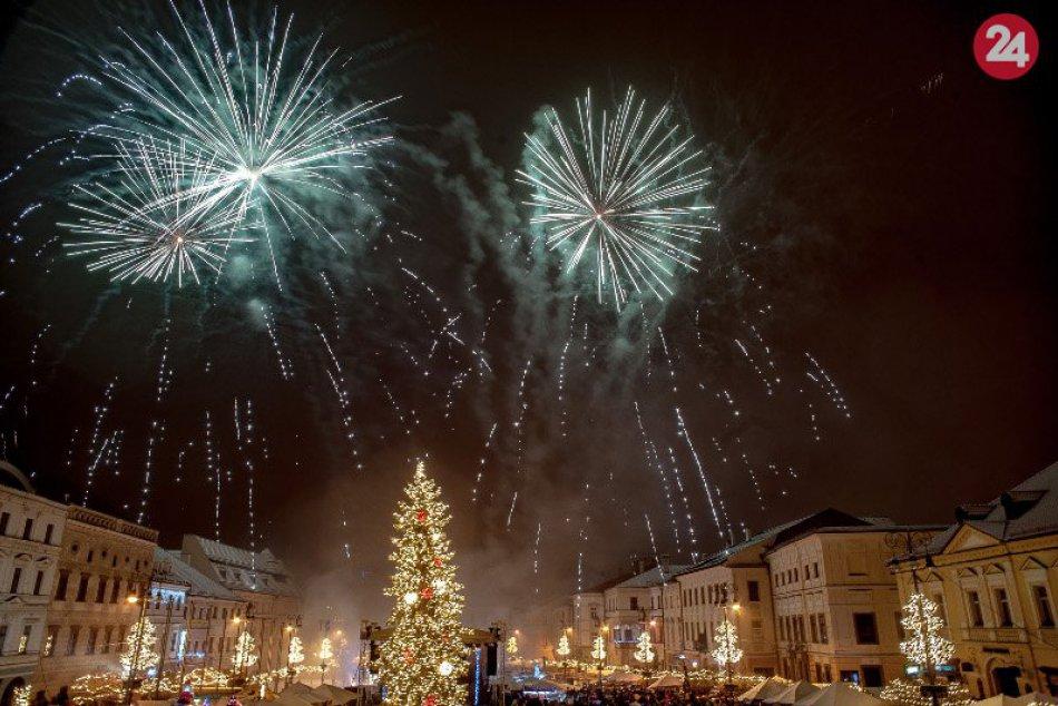 V OBRAZOCH: Novoročný ohňostroj v Bystrici zachytený na fotkách