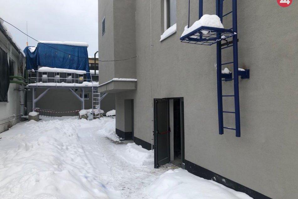 FOTO: Rekonštrukcia zimného štadióna