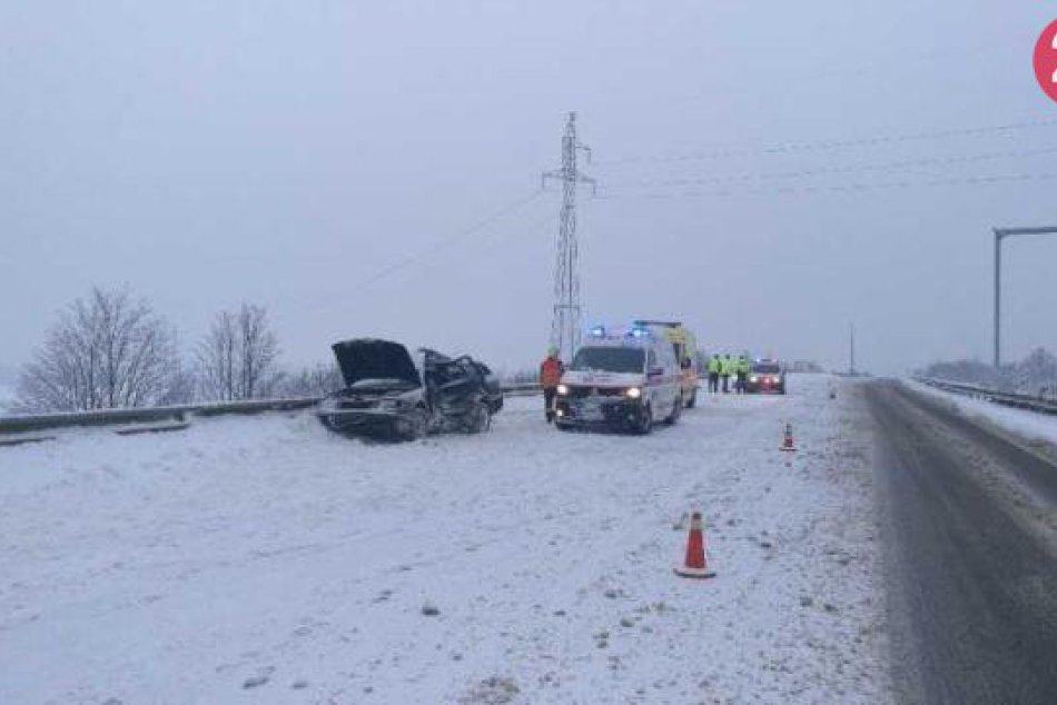 Tragická dopravná nehoda na diaľnici D1 v okrese Ilava