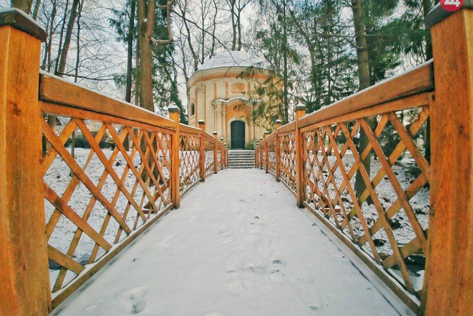 Obrazom: Betliar v zimnom šate