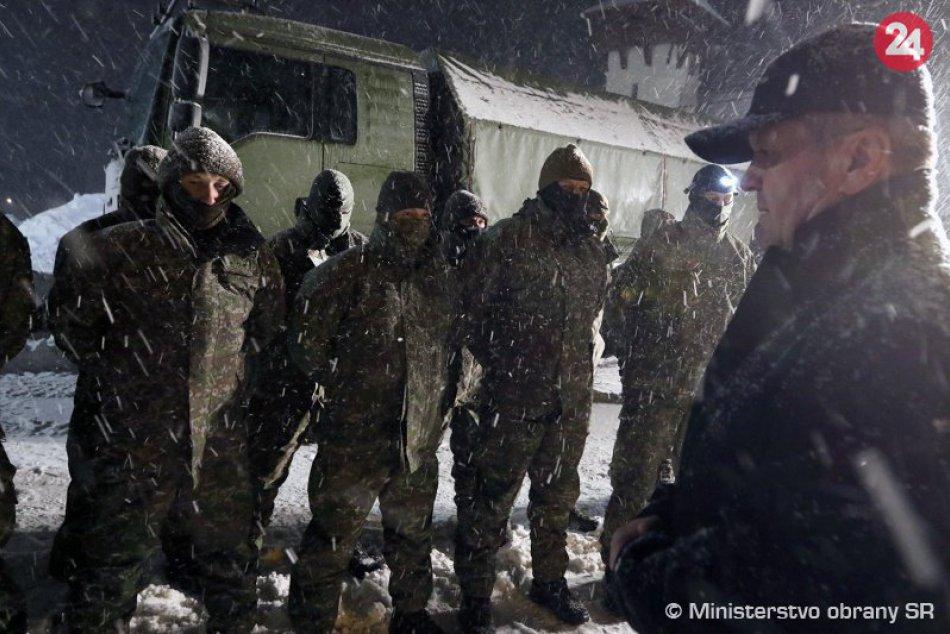 OBRAZOM: Na Orave pomáhalo pri snehovej kalamite vyše 250 vojakov