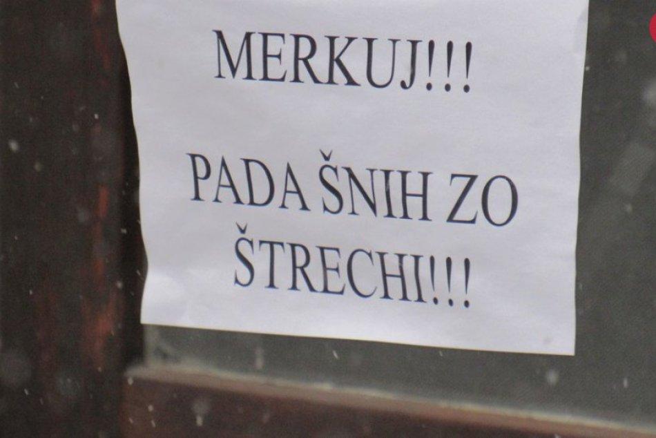 Snehové oznamy v Prešove: Niektoré z nich vás môžu dokonca aj pobaviť!