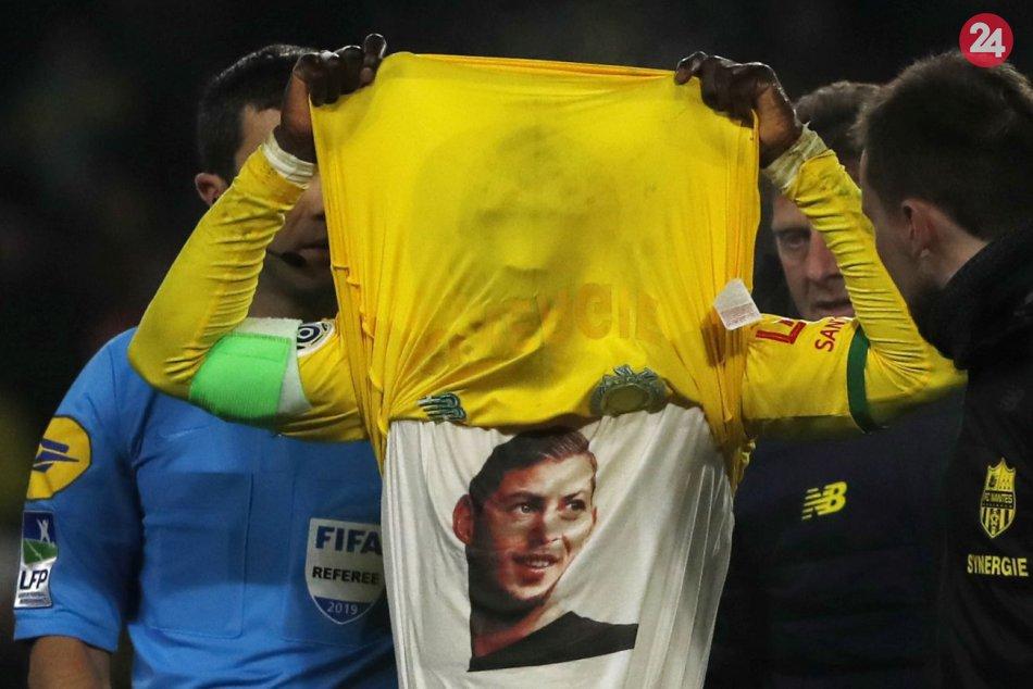 Fanúšikovia celý zápas skandovali meno nezvestného Salu