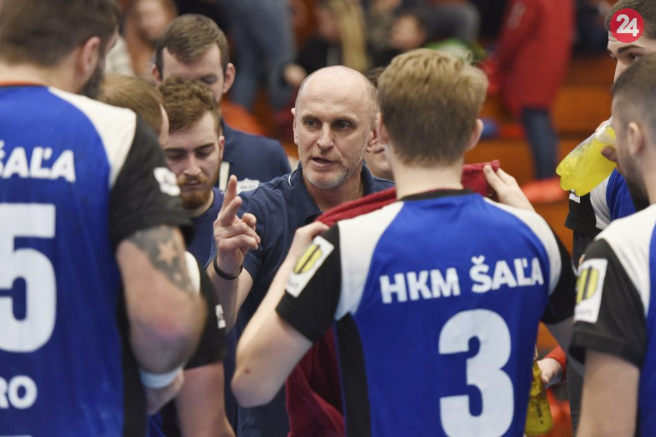 Šalianske hádzanárske tímy skórovali: Ženy aj muži vybojovali víťazstvá, VIDEO