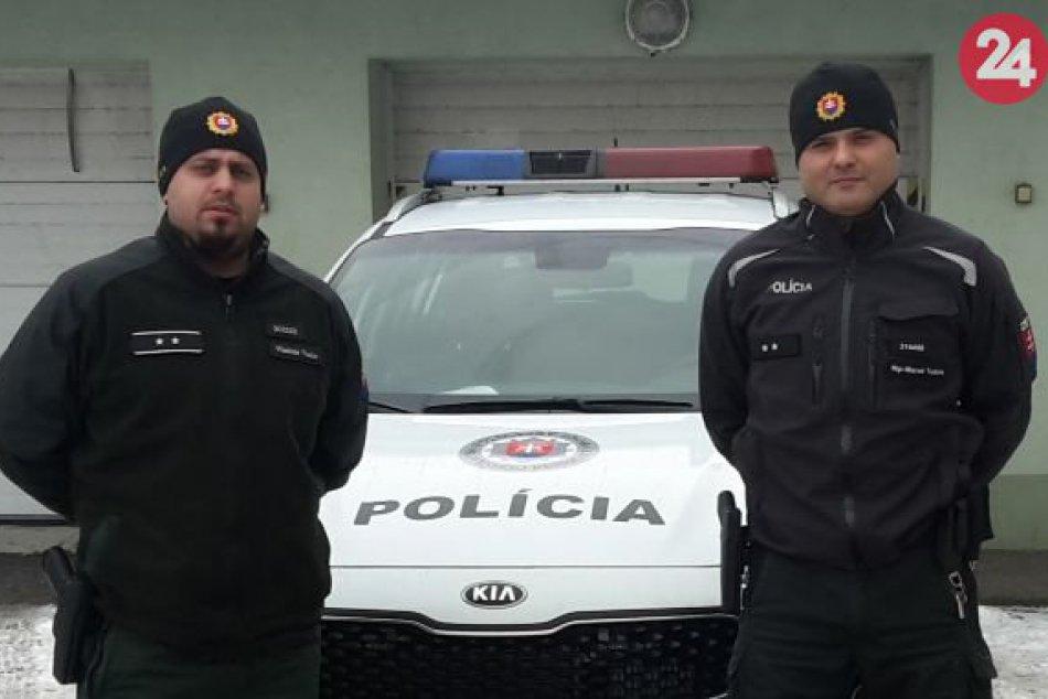 Dvaja policajti zachránili muža pred tým najhorším rozhodnutí v jeho živote
