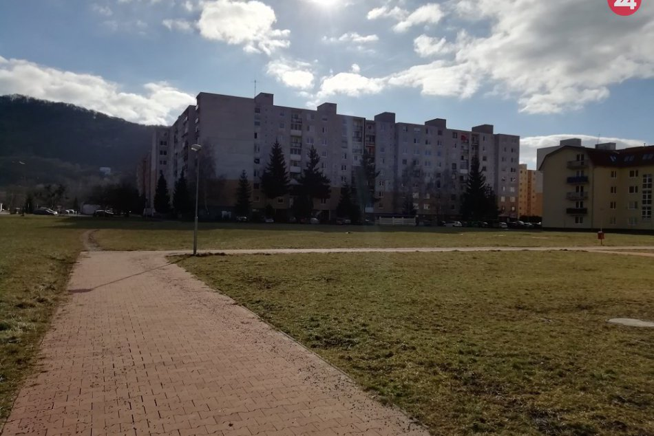 V Humennom chcú postaviť novú bytovku: Vyrásť má na tomto mieste, FOTO