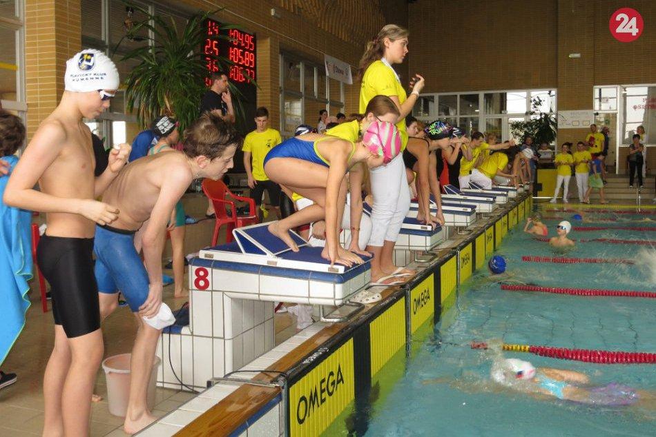 V OBRAZOCH: Humenskí plavci sa predviedli na pretekoch na Spiši