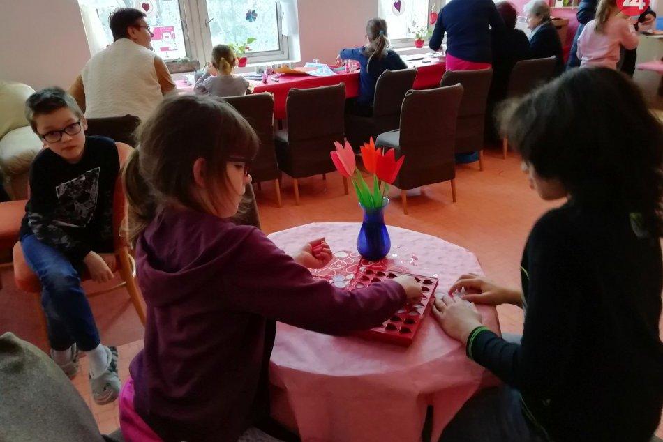 V OBRAZOCH: V Komunitnom centre Fončorda bol Valentín plný láskavosti