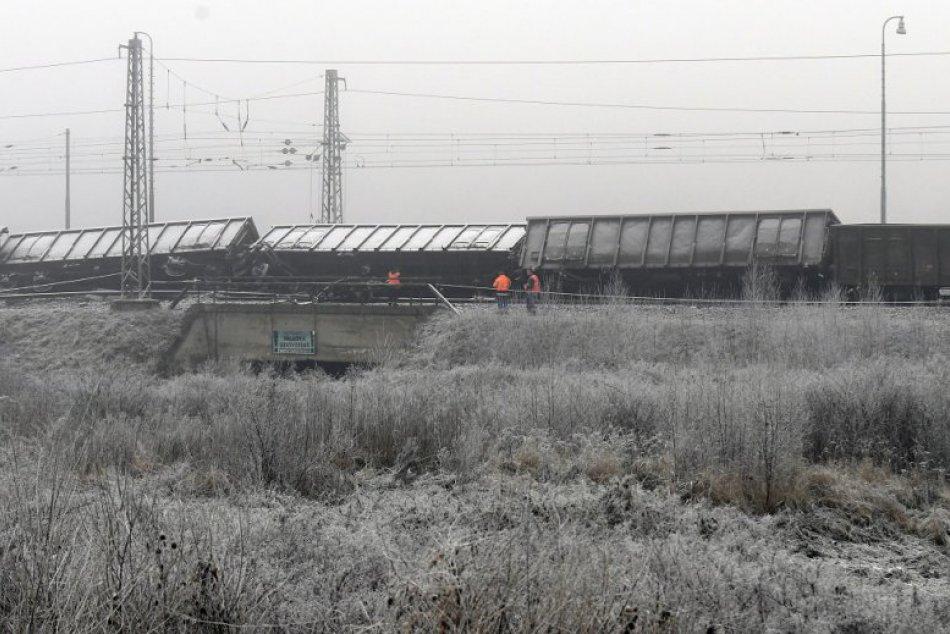 Na východe Slovenska sa vykoľajil nákladný vlak: Nehoda ochromila dopravu, FOTO