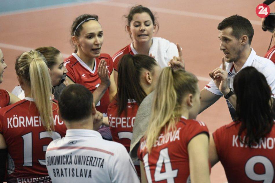 OBRAZOM: V Humennom sa stretla slovenská volejbalová špička