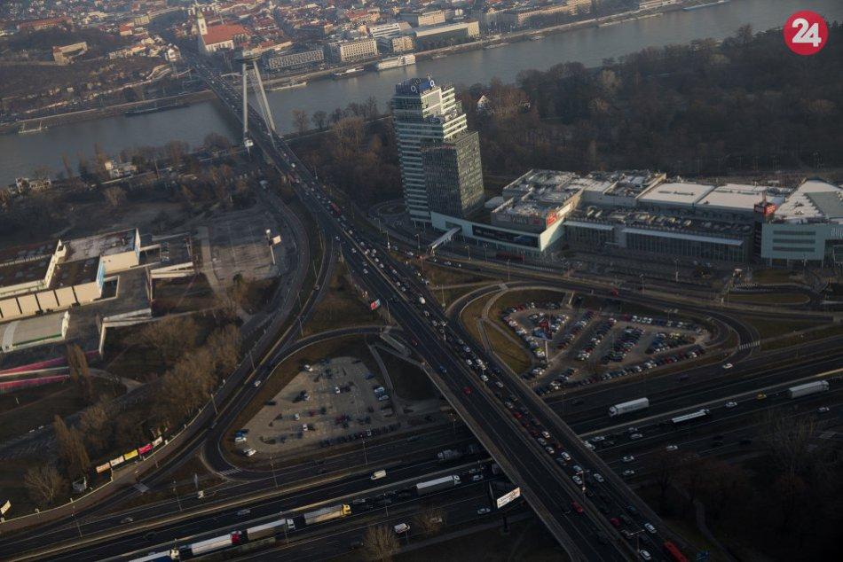 Letecké snímky počas dopravných obmedzení v Bratislave