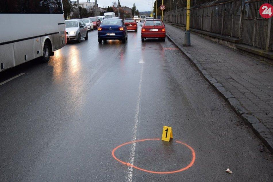 Na Šafárikovej ulici v Prešove sa stala nehoda: ZÁBERY z miesta