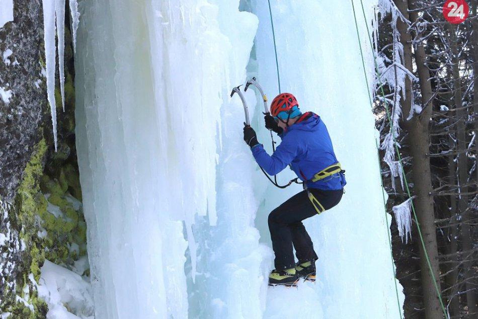 Novinka na Skalke na fotkách: Ľadopád testovali lezci