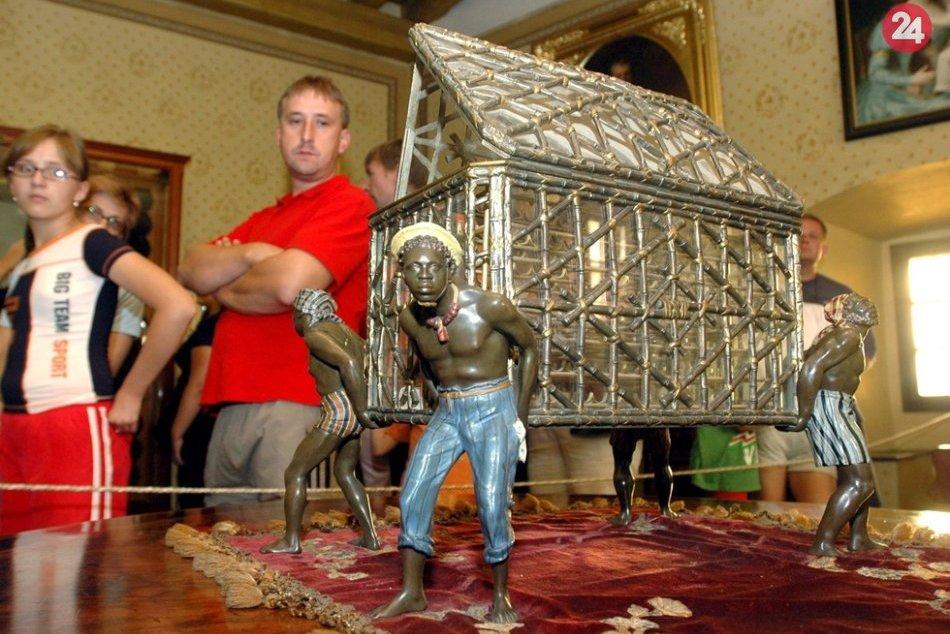 Obrazom: Keď na hrade Krásna Hôrka prekvital turizmus