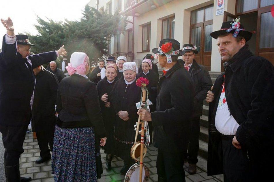 Fašiangový sprievod obcou Topoľčianky 2019
