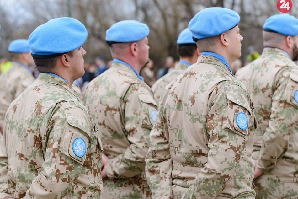 Z Nitry odchádza na Cyprus 70 slovenských vojakov: Vlasť neuvidia pol roka