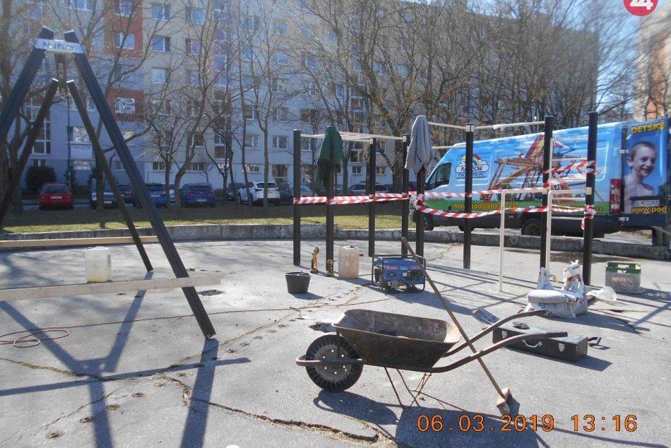 Ihrisko na Gessayovej ulici v Petržalke (marec 2019)
