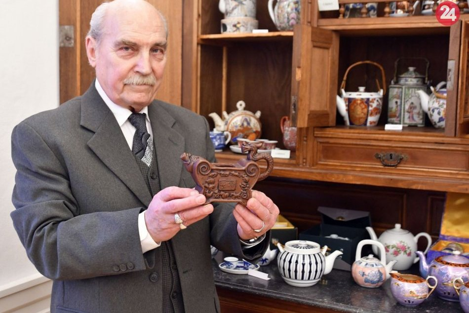 Na Slovensku si môžete pozrieť zbierku čajníkov z celého sveta