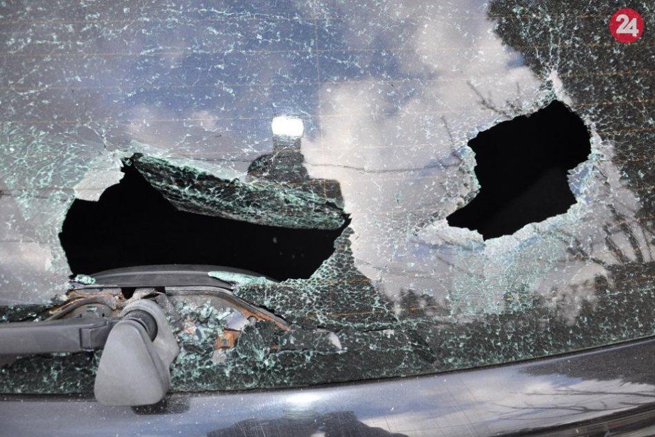 FOTO poškodeného auta: Podľa polície je za tým vyčíňanie mladej Humenčanky