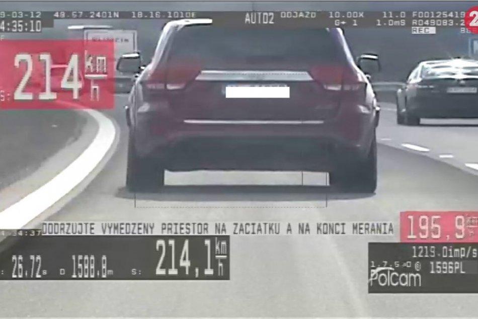 FOTO: Milan (59) sa po diaľnici v našom kraji hnal obrovskou rýchlosťou