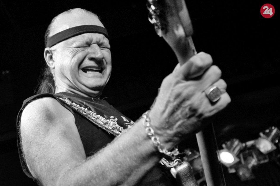 Zomrel Dick Dale, priekopník surf rockovej hudby